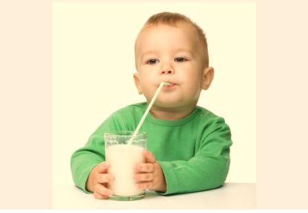 Sữa nào dành cho trẻ trên 6 tháng tuổi