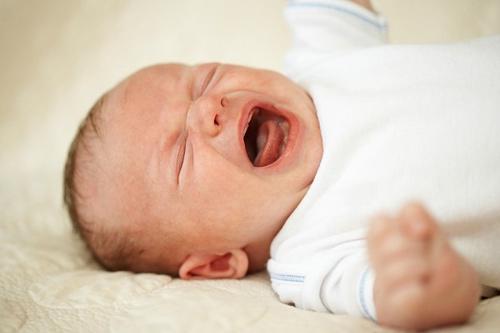 Bí kíp giúp mẹ biết bé cần gì khi bé khóc