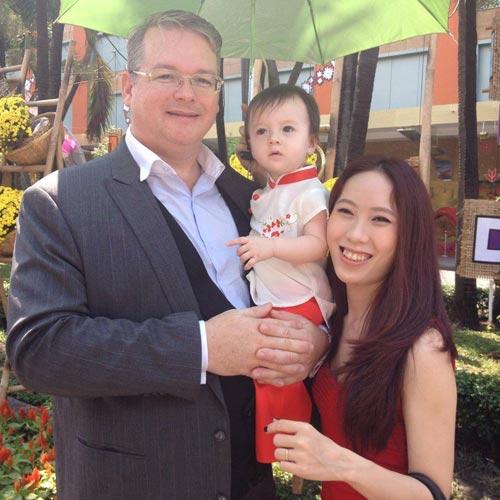 Cách day con mẫu mực của một cặp vợ chồng Mỹ - Việt
