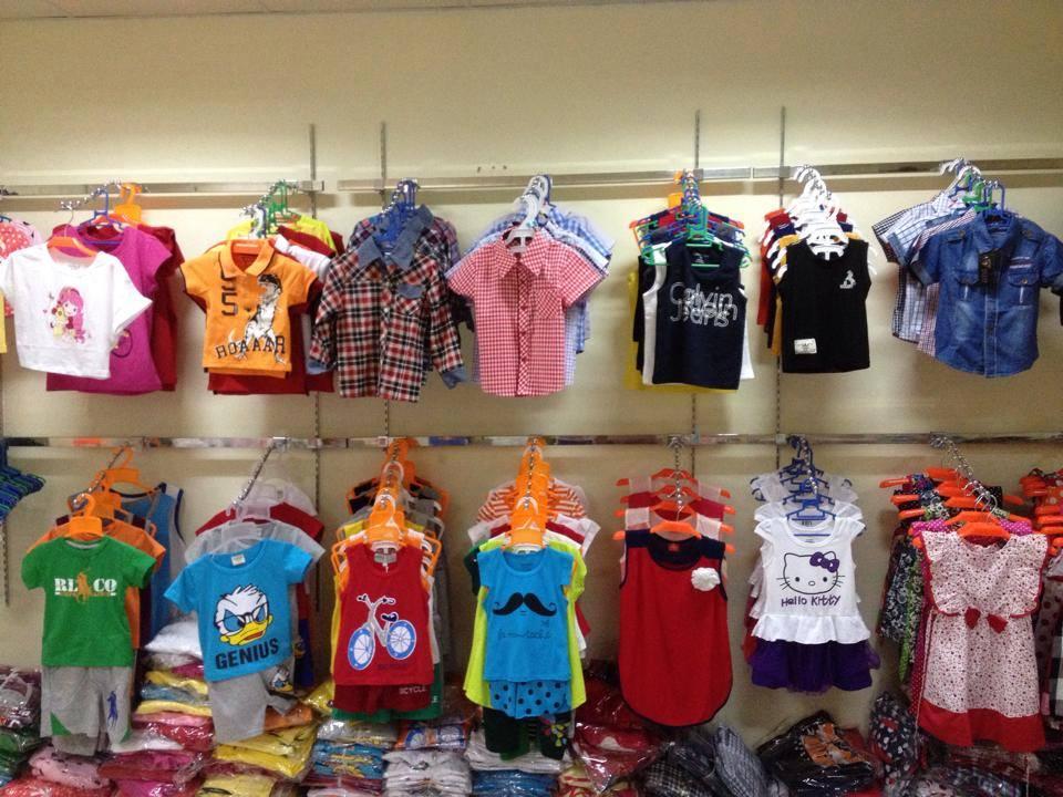 Cách phân biệt quần áo trẻ em hàng hiệu