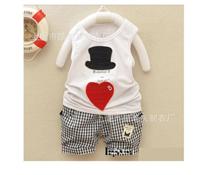 Bộ quần áo hình mũ+trái tim cho bé 2-6 tuổi