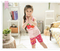 Bộ quần áo bé gái tomatoes - giá quần áo trẻ em