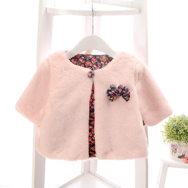 Áo choàng lông bé gái màu trắng hồng xinh xắn
